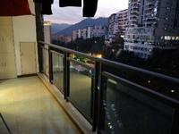 滨江国际c区中装房出售 101平米 三房两厅两卫
