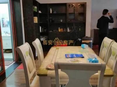 出售县府宿舍4室2厅2卫158平米65万住宅