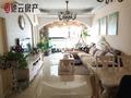 滨江国际B区可看江的房子,装修风格别具一心,比较适合安家的地方