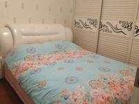 澳海澜庭精装小三室,学区房,地段美,光线好,户型好。