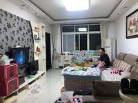 西江湾临街低楼层好房出售,楼下超市,楼层低,价格不贵,看房方便