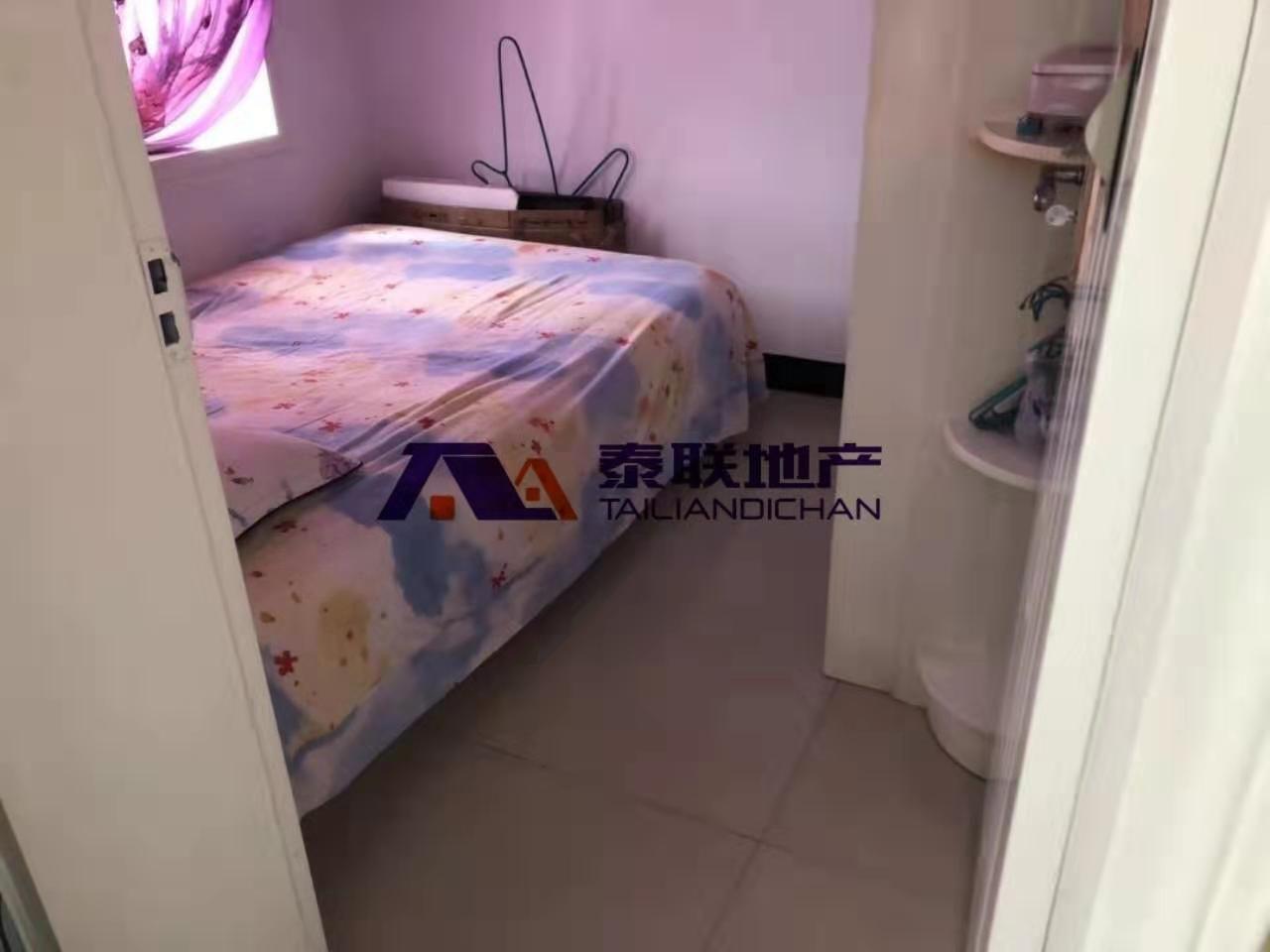 便宜,后山带装修三房出售,低楼层,附送家私电器