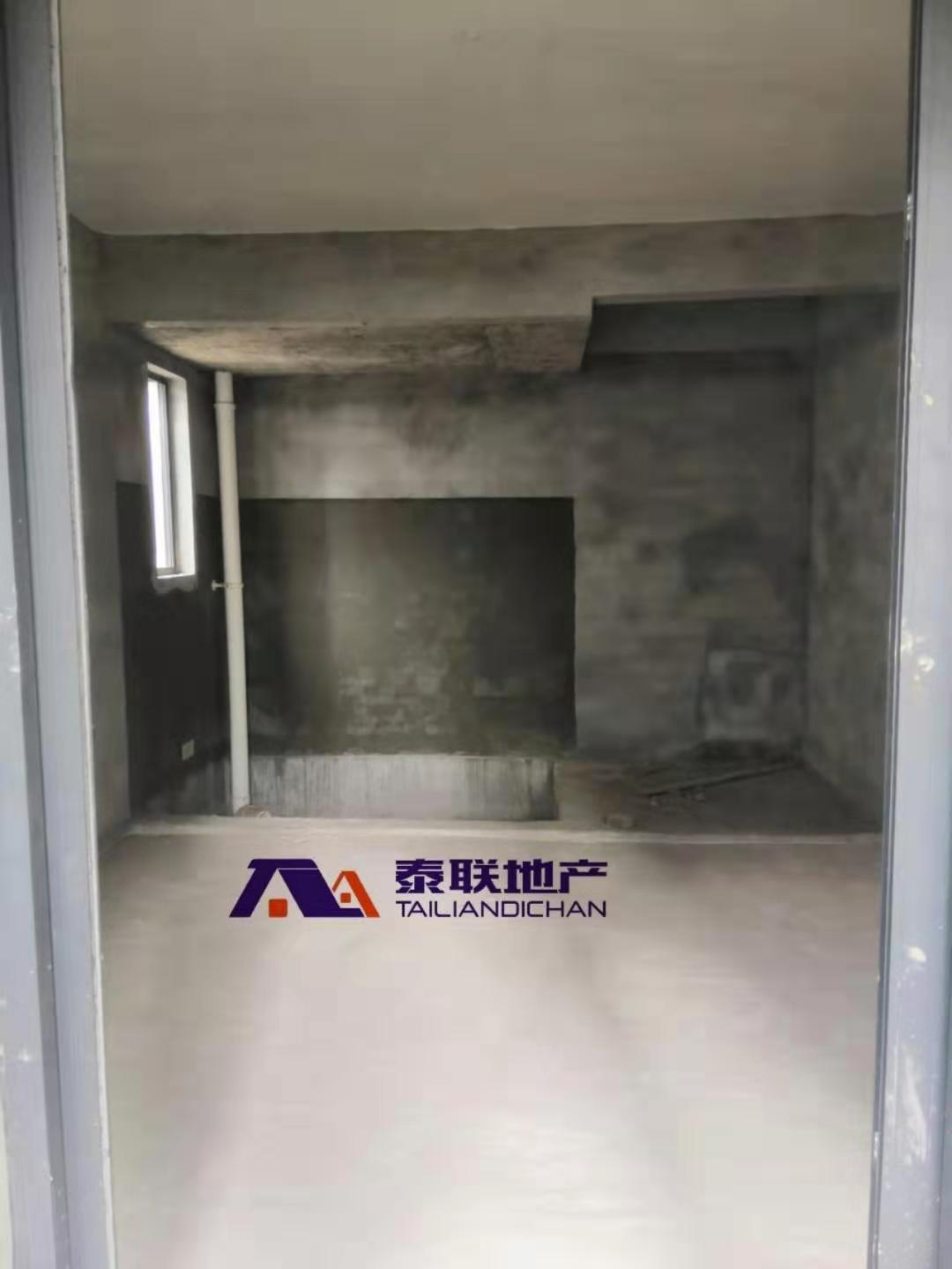 滨江国际D区跃层毛坯房 大阳台 江景房