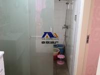 滨江国际A区111平米精装房出售 南北通透 价格低于市场价 房子舒服