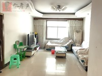 3.附小学区房,中装3室,87个平方,价格就极低了35.8万,惊不惊喜,意不意外