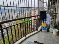 出售永安中学附近3室精装房,户型周正,采光透亮,江景房。