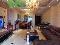 出售滨江国际区3室2厅2卫豪华装修住房,可看江。户型周正,小区环境优美。