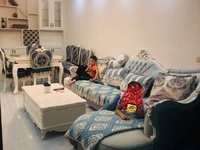 清水湾全新装修,因业主在重庆买房了,现不在奉节,,低价出!!!看上抓紧