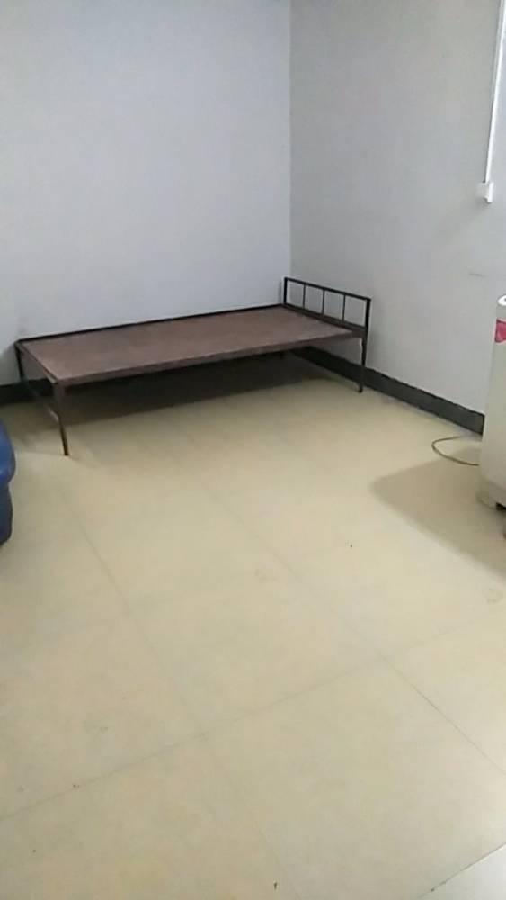 出租巴蜀中学旁25平米250元/月住宅自建房