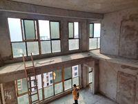 环彬顶跃,使用面积高达400平米,楼顶花园,超大客厅,彰显身份