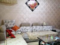 首付18万买三台精装三室2楼,家具家电齐全拎包入住。